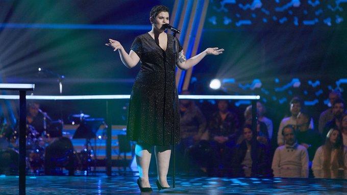 """Mireia Cuesta cantant """"La vie en rose"""" a La Voz"""
