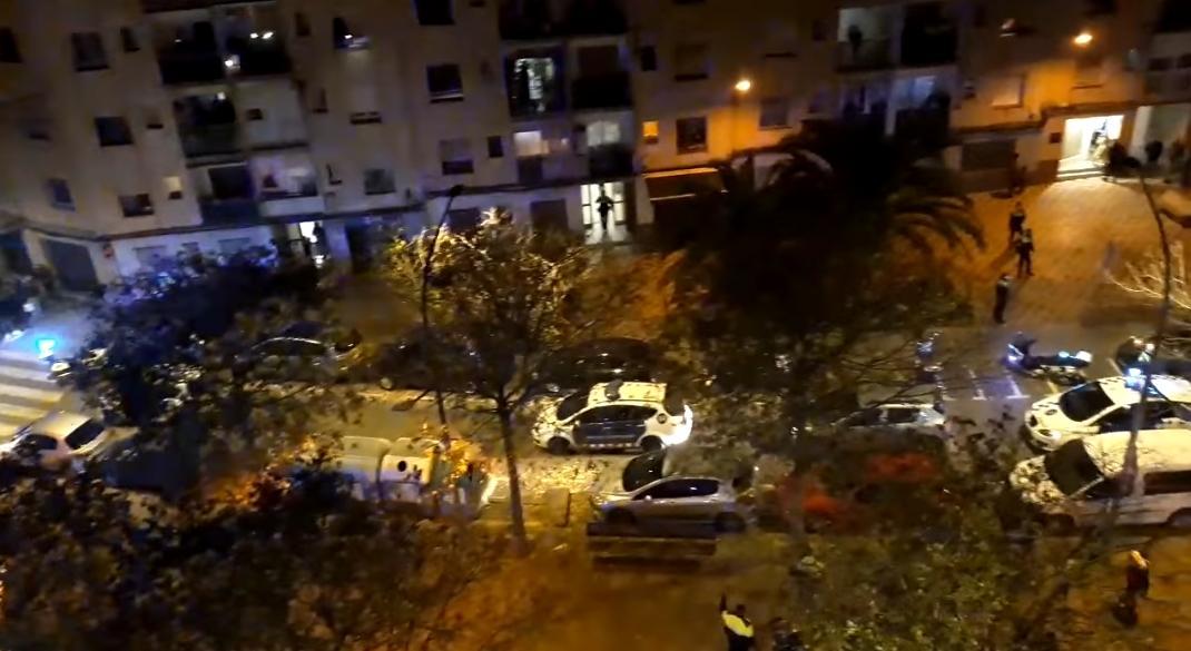 Baralla a Ronda Cervantes amb tres ferits i un detingut